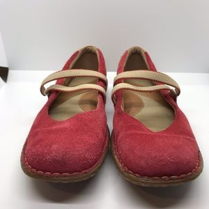 Born Womens Ballet Flat Mary Jane Red Suede 8